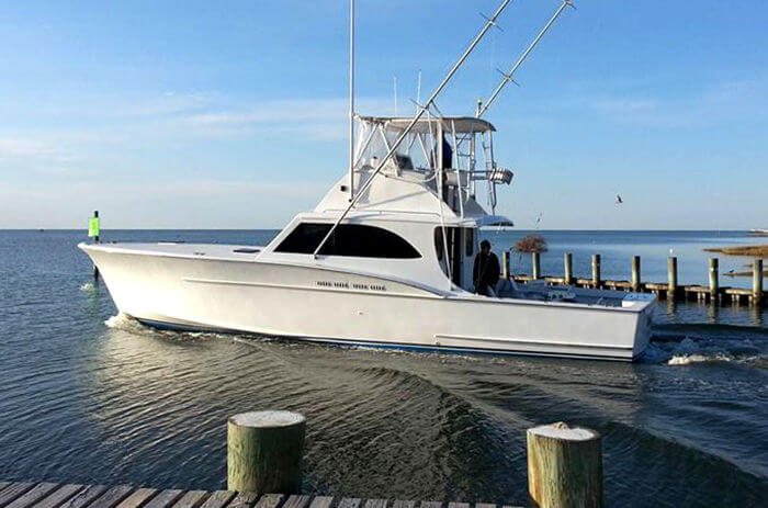 Longer Days is an exceptionally fast and stable 46' Buddy Davis custom Carolina sportfishing yacht.